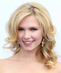 Claudia Lee Hairstyle