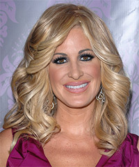 Kim Zolciak Hairstyle - click to view hairstyle information