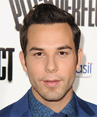 Skylar Astin Hairstyle - click to view hairstyle information