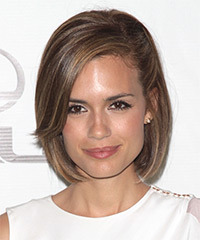 Torrey DeVitto - Medium Bob
