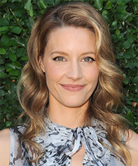 KaDee Strickland Hairstyle - click to view hairstyle information