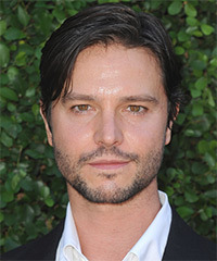 Jason Behr Hairstyle - click to view hairstyle information