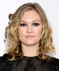 Julia Stiles - Medium Wavy