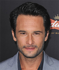 Rodrigo Santoro Hairstyle - click to view hairstyle information
