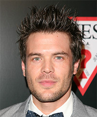 Charlie Weber Hairstyle - click to view hairstyle information