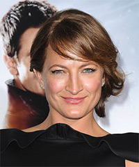 Zoe Bell - Updo Long Straight