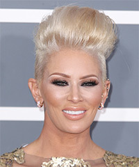 Jenna Jameson Hairstyle - click to view hairstyle information