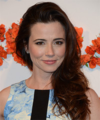 Linda Cardellini Hairstyle - click to view hairstyle information
