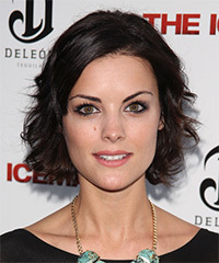 Jaimie Alexander Hairstyle - click to view hairstyle information