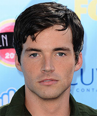 Ian Harding Hairstyle - click to view hairstyle information