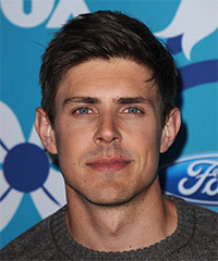 Chris Lowell Hairstyle