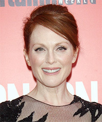 Julianne Moore - Updo Long