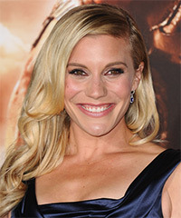 Katee Sackhoff Hairstyle - click to view hairstyle information