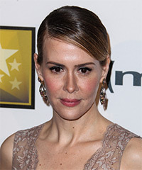 Sarah Paulson Hairstyle - click to view hairstyle information