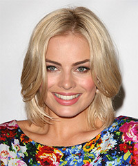 Margot Robbie Hairstyle - click to view hairstyle information