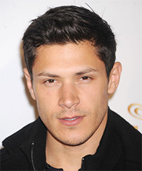 Alex Meraz Hairstyle - click to view hairstyle information