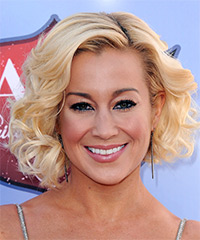 Kellie Pickler - Curly