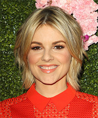 Ali Fedotowsky - Short Straight
