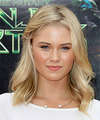 Virginia Gardner Hairstyle
