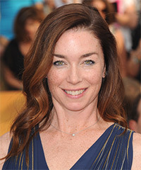 Julianne Nicholson Hairstyle