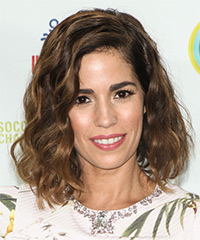 Ana Ortiz - Medium Wavy Casual