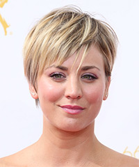 Kaley Cuoco - Short Straight Casual