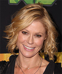 Julie Bowen - Short Wavy