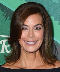 Teri Hatcher - Medium Straight