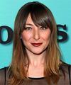 Isidora Goreshter Hairstyles