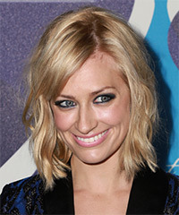Beth Behrs - Medium Wavy