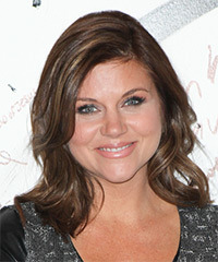 Tiffani Thiessen - Medium Wavy