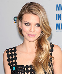 AnnaLynne McCord - Long Wavy