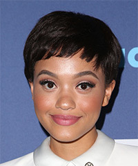 Kiersey Clemons Short Straight Casual Pixie