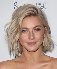 Julianne Hough - Wavy