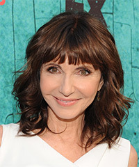 Mary Steenburgen - Medium Wavy