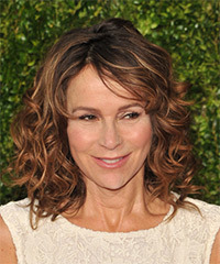 Jennifer Grey - Medium Curly