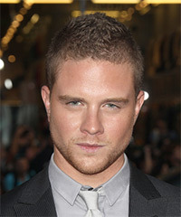 Jonny Weston Hairstyles