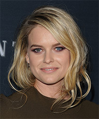 Alice Eve - Medium Wavy