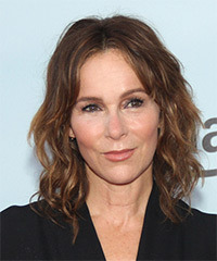 Jennifer Grey - Medium Wavy