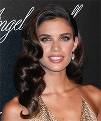 Sara Sampaio - Long Wavy