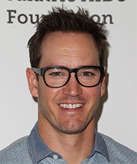 Mark Paul Gosselaar - Short Straight