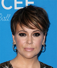 Alyssa Milano - Short Straight