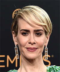Sarah Paulson - Short Straight