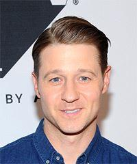 Ben McKenzie Short Straight Casual  - Medium Red