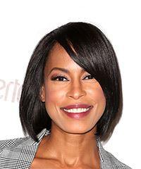 Kearran Giovanni Medium Straight Casual Bob with Side Swept Bangs - Black