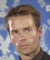 Guy Pearce Hairstyles