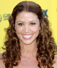 Shannon Elizabeth Hairstyle - click to view hairstyle information