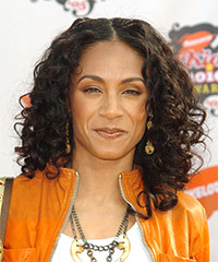Jada Pinkett Smith Hairstyle - click to view hairstyle information