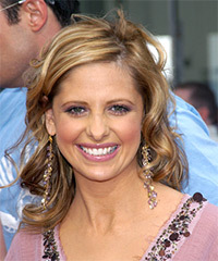 Sarah Michelle Gellar Hairstyle - click to view hairstyle information