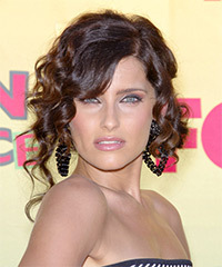 Nelly Furtado Hairstyle - click to view hairstyle information